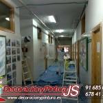 pintura colegio en pasillo